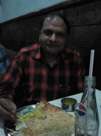 Lakshmi Vilas : Enjoying Rava masala dosa
