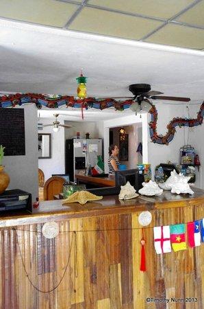 Mayan Hostel Cancun: Reception
