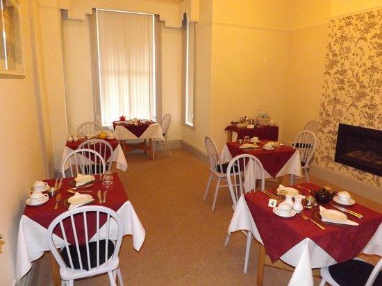 74Belgravia: Breakfast Room