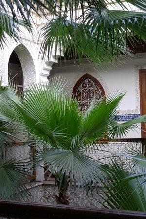 Dar Al Kounouz: Vue du patio