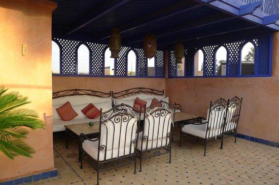 Dar Al Kounouz: Terrasse
