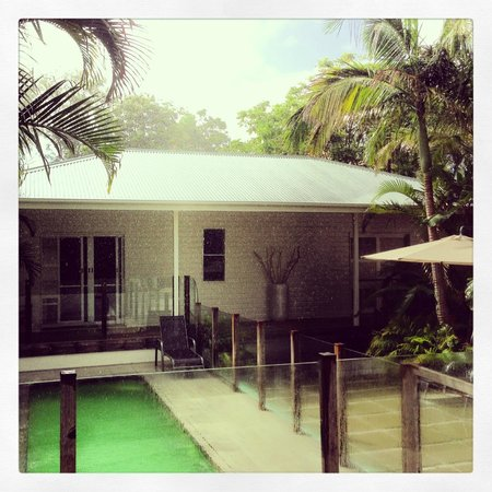 Byron Cove Beach House in Monsoon Rain!