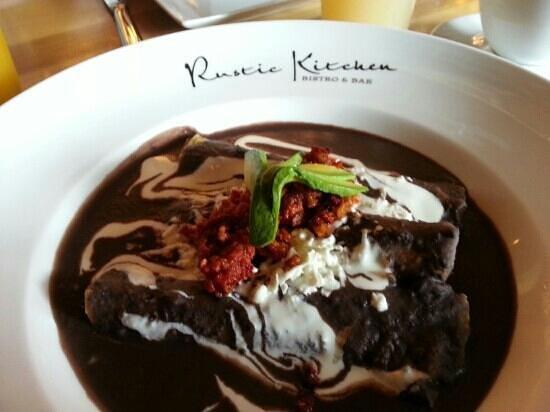 Rustic Kitchen: Enfrijoladas