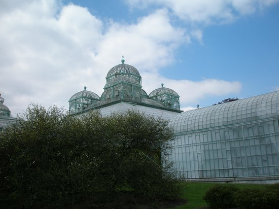 Laeken Palace: Greenhouse external view