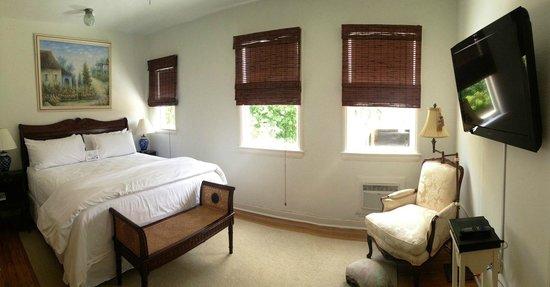 Palm Beach Historic Inn: Suite 121 - The Grand Suite