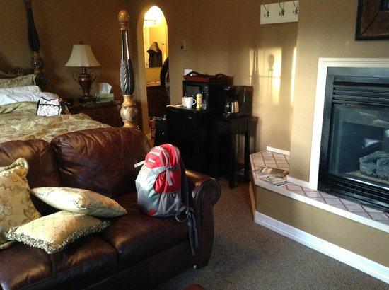 Skiway Lodge: Suite #5