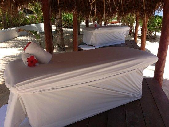 Hidden Beach Resort by Karisma: Massage table in beach palapa