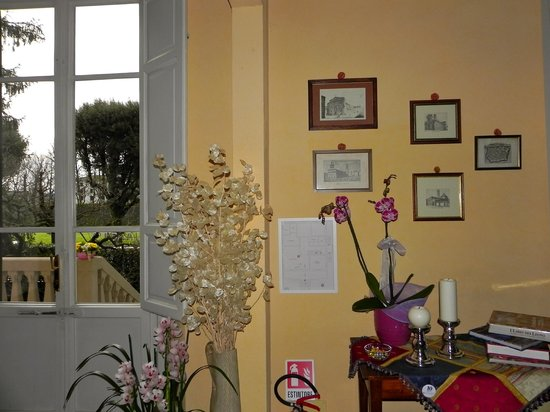 Villa Agnese B&B : hall