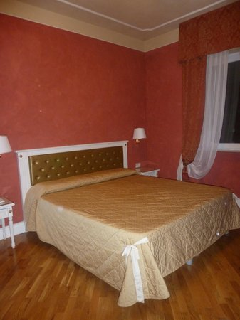 Hotel Gennarino: une chambre
