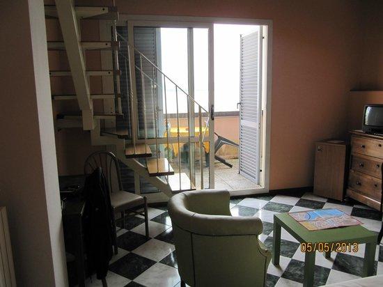 Hotel Beau Rivage: Pièce du bas