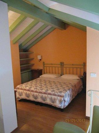 Hotel Beau Rivage: Chambre mezzanine