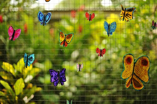 Cabinas Coconut Grove: hand-made painted butterflies