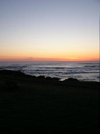 The Yachats Inn: sunset