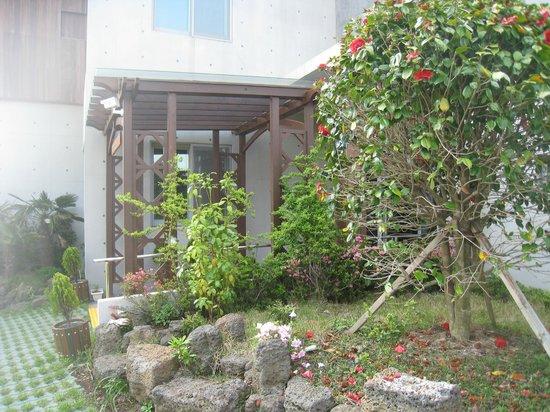 Jejueco Suites: hotel entrance