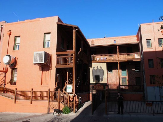 Downtown Historic Area : The Palace Saloon