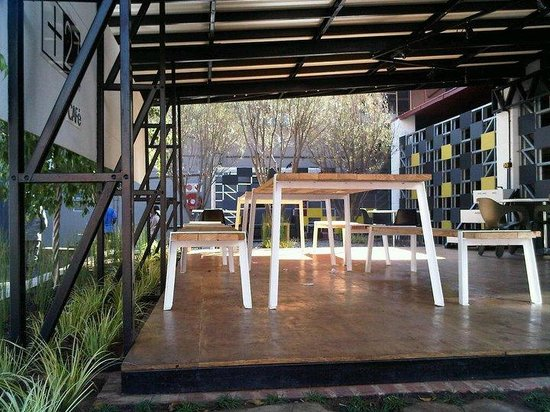 +27 Cafe: Courtyard Area. .