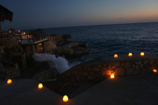 Catcha Falling Star: candles over the cove