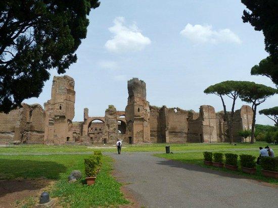 Thermes de Caracalla : Exterior