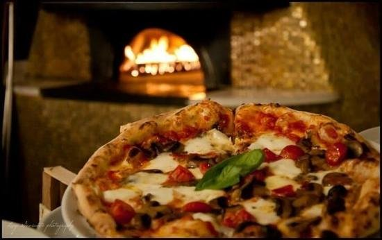 D Napoli Maestri Pizzaioli: Inserisci didascalia