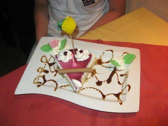 El Cedro: fabulous birthday cake