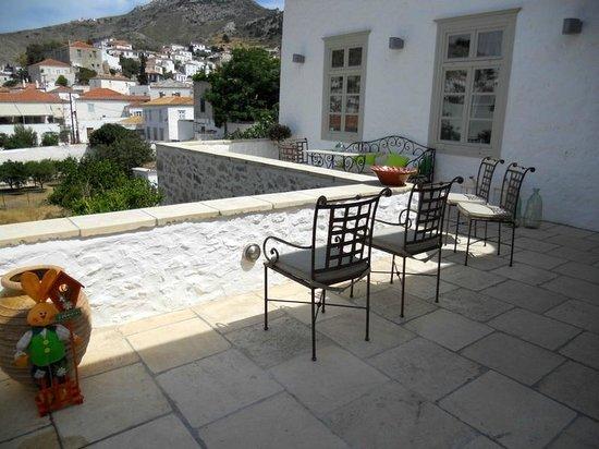 Cotommatae Hydra 1810 : View from the veranda
