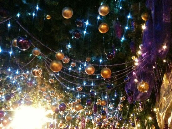 The Hanging Gate Pub and Restaurant: Hanging Gate Christmas Decs