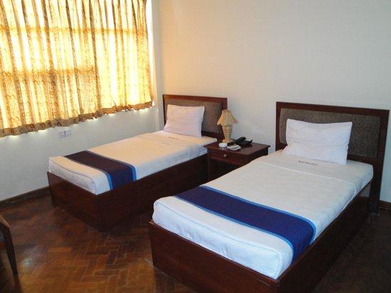 Royal Sittwe Resort : Standard Room #206