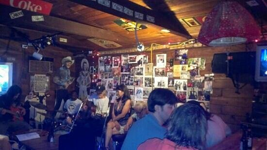 Pat's Little Red Barn : Songwriters: night first Saturday of each month