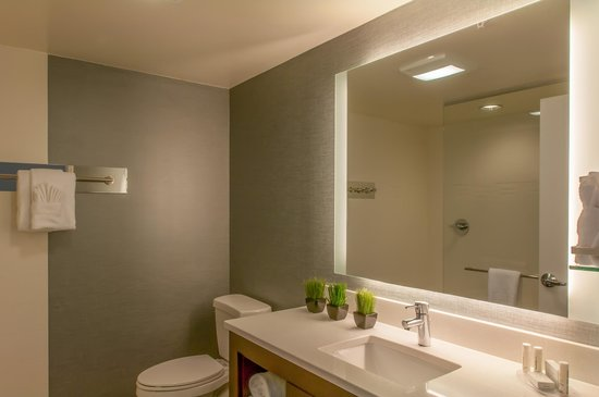 Residence Inn Denver Cherry Creek: Bathroom