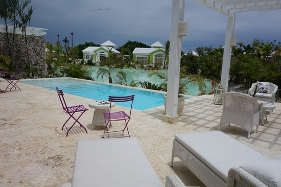 Eden Roc at Cap Cana: private pool pic