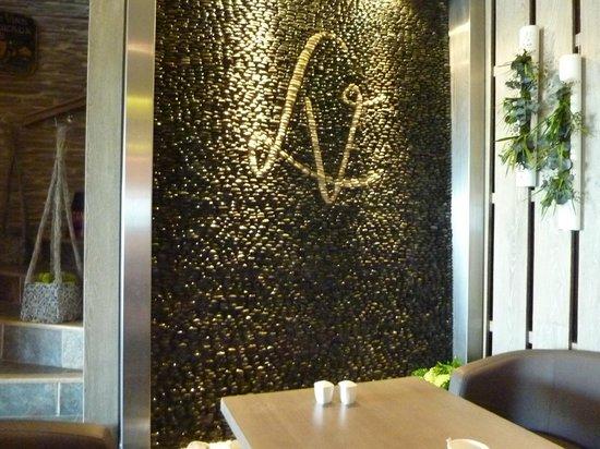 d cor personnalis du restaurant le mur de galet aros photo de la vigie piriac sur mer. Black Bedroom Furniture Sets. Home Design Ideas