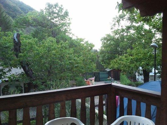 Campeggio Parco dei Castagni: Uitzicht vanaf balkon chalet