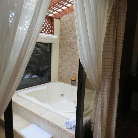 Hotel El Silencio del Campo: Cabin #19 with jacuzzi