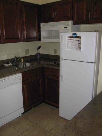 Staybridge Suites Savannah Airport: The kitchen area includes a light under the microwave -- great as a nightlight for the kids!