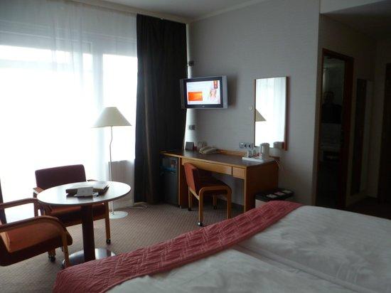 Grand Hotel Reykjavik: hotel room