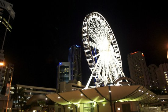 Wheel of Surfers Paradise : the Wheel by night