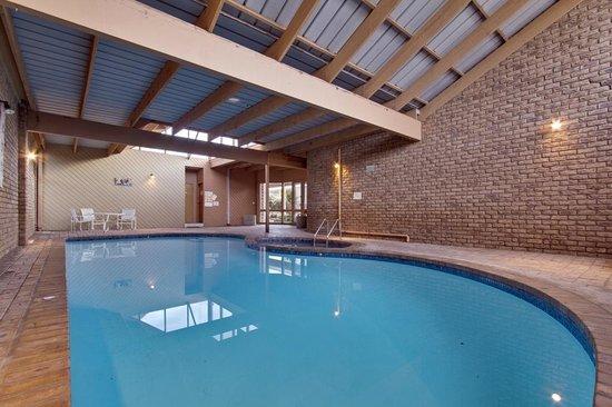 Flinders Cove Motor Inn: pool