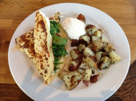 Photo of American Restaurant Cafe Dantorels at 2700 24th St, Sacramento, CA 95818, United States