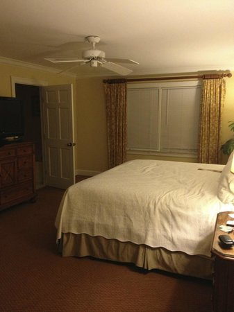 The King and Prince Beach and Golf Resort: Wesley Cottage - Bedroom