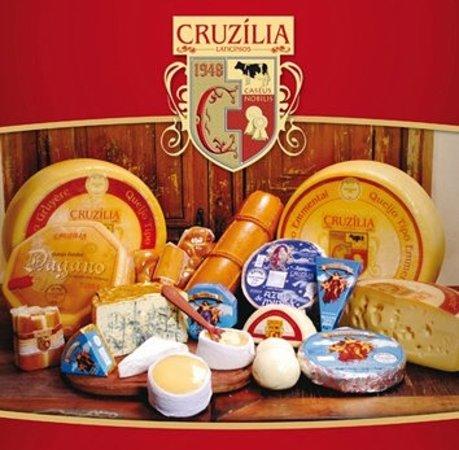 Emporio Queijos Cruzilia: Uma delicia de queijos