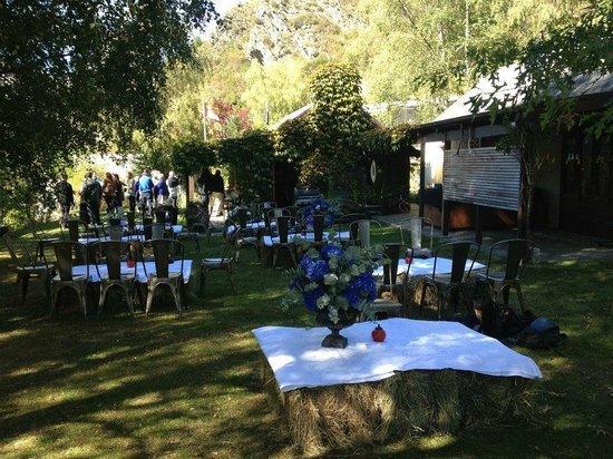 Arrowtown, New Zealand: The garden made the perfect venue for our post-wedding pies and pastries wrap party!
