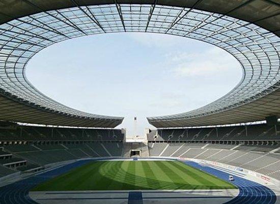 Olympiastadion Berlin: Inside image of Olympic Stadium