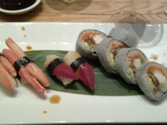 Matsuhisa-Aspen: sushi de king crab, de almeja y rollo de jaiba de concha suave