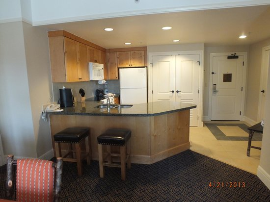 Kitchen - Picture of Marriott's Timber Lodge, South Lake