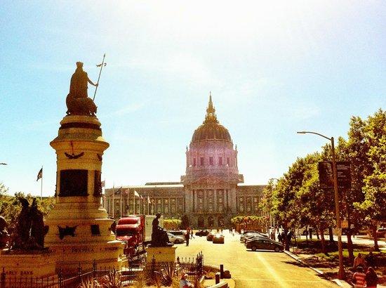 The San Francisco Sightseeing Company: City Hall