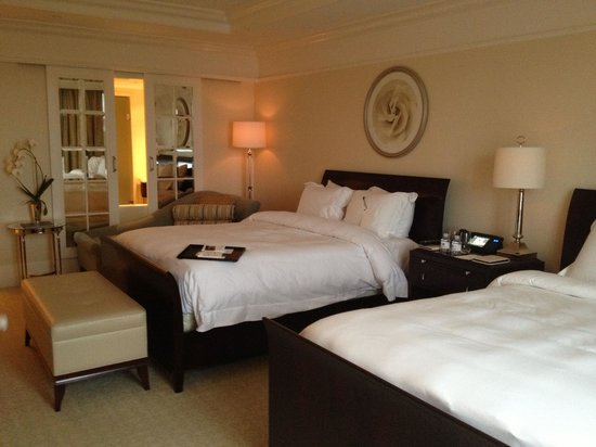 The St. Regis Atlanta: two queens