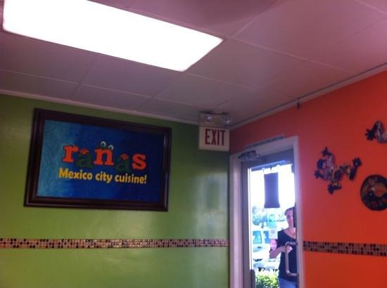 Ranas Mexico City Cuisine : entrance