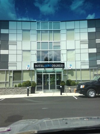 Hotel Zero Degrees Norwalk : Outside Of The Hotel