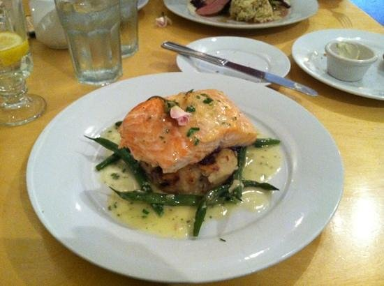 Blackfish Cafe : salmon with potatoes and green beans