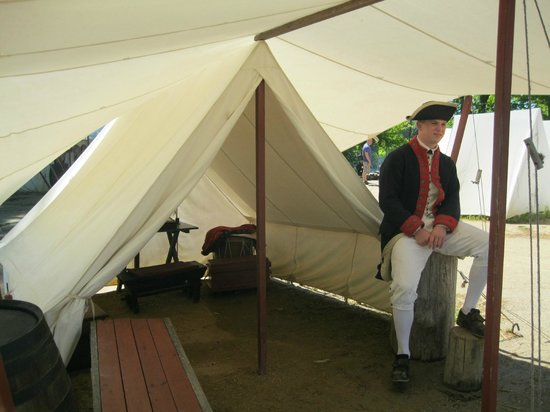 Yorktown Victory Center: 6 men slept in this tent